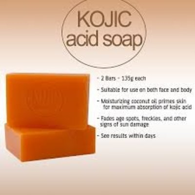 Kojie San – 3 Soaps of 65 g Original and Authentic Skin Lightening Soap with Acid Kojic (3 Soaps: 3 x 65 g)